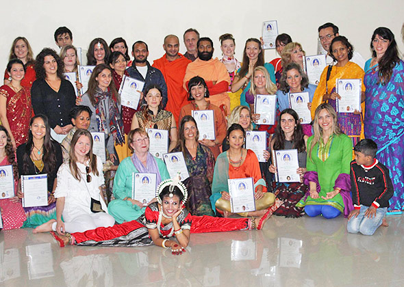 200 hour yoga course in india