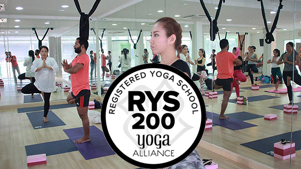 200 hour yoga teacher training india rishikesh