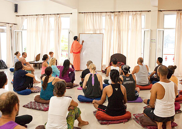 best 500 hour yoga course in india