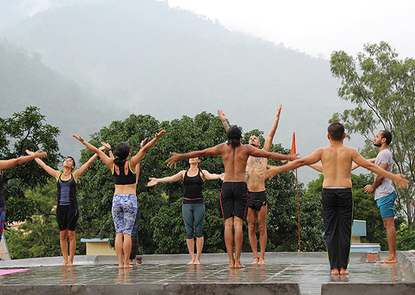 best yogs school india