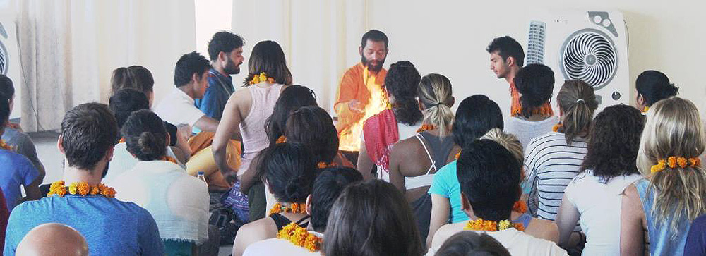 yoga course for begineers in india